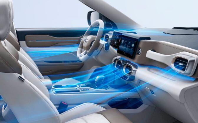 销量V形反弹 市占率稳中有升 吉利汽车4月销量105,468辆 环比增长44 %